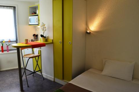 studio apparthotel evry